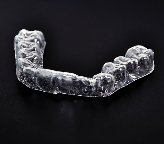 Clear nightguard for teeth grinding